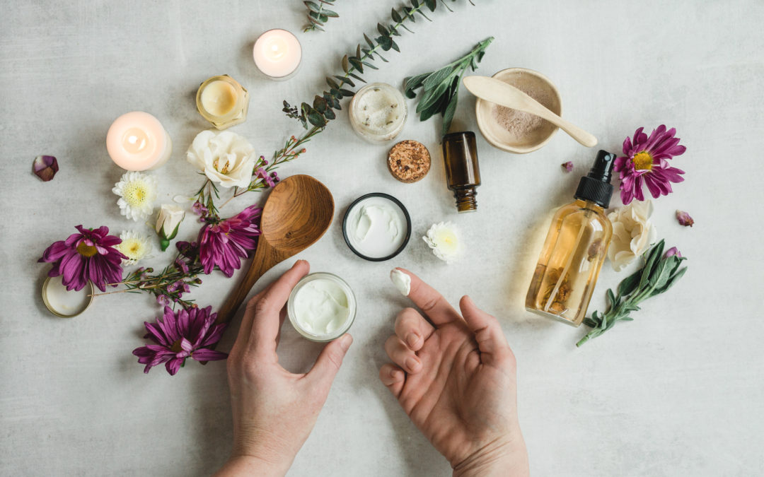 How to Make an Anti-Aging Cream with Essential Oils